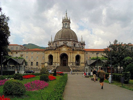 Basilica_of_St._Ignatius_in_Loyola